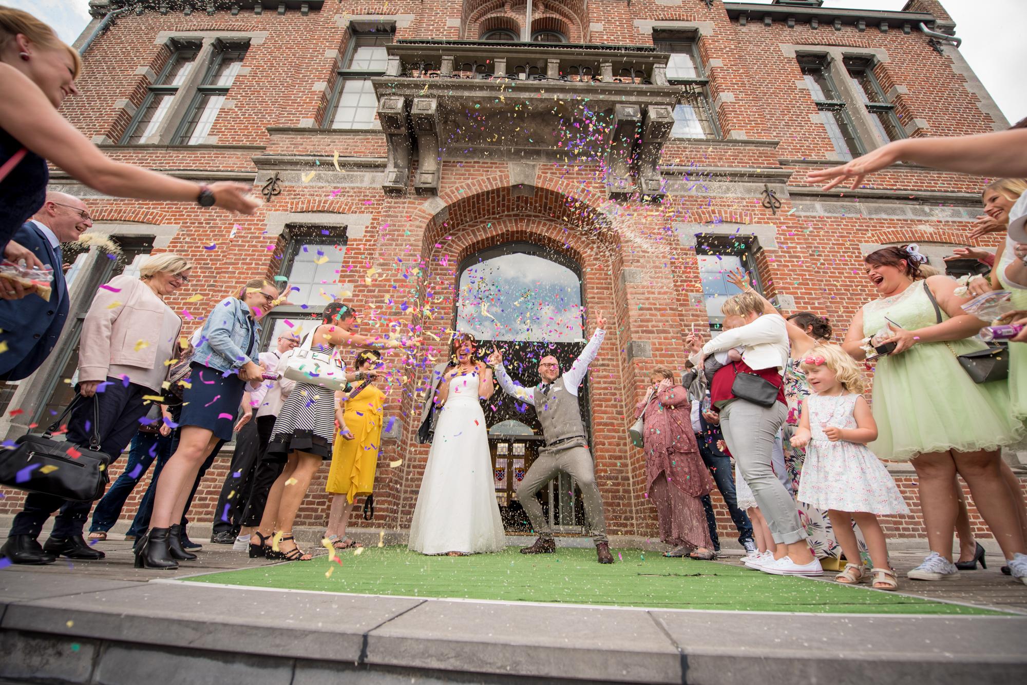 Mariage d'Adeline et Colin, à Frasnes et au Clos de la Conciergerie
